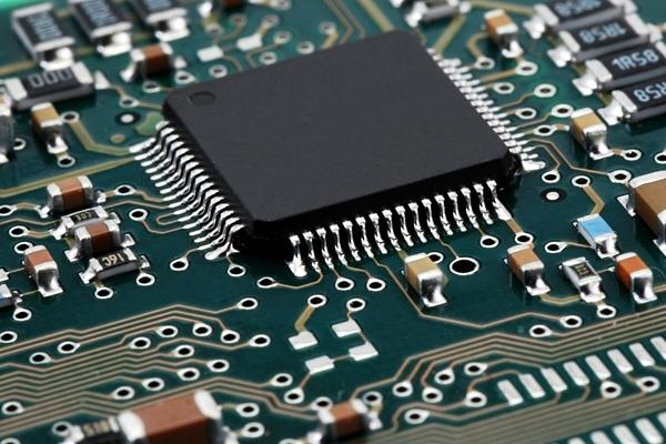 Beratung bei der Auswahl und Anschaffung der benötigten Hardware: